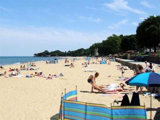 Ryde Beach Isle Of Wight Self Catering Holidays